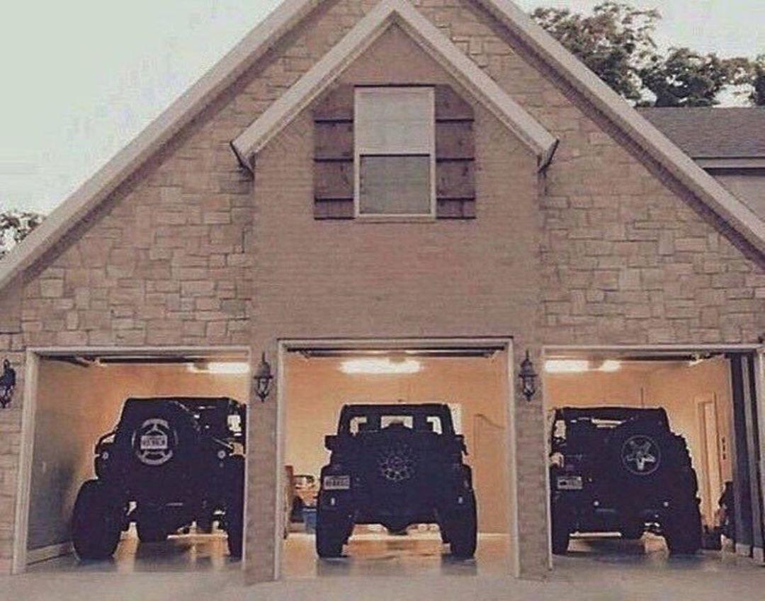 Dream jeep garage random jeep photos pinterest for Garage jeep villeneuve d ascq