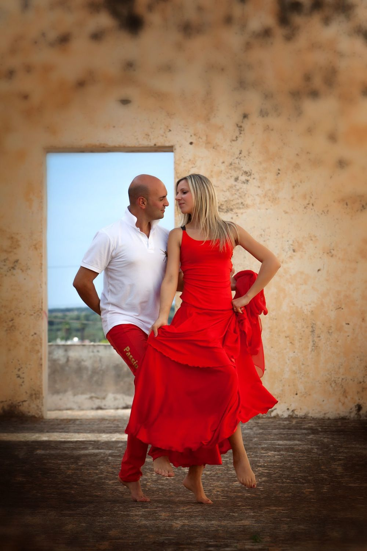 Puglia Luxury Holidays From Uk Couple Dancing Luxury Holidays Holiday Villa