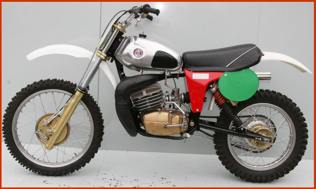 1979 Cz 250 Vintage Motocross Old Motorcycles Vintage Bikes