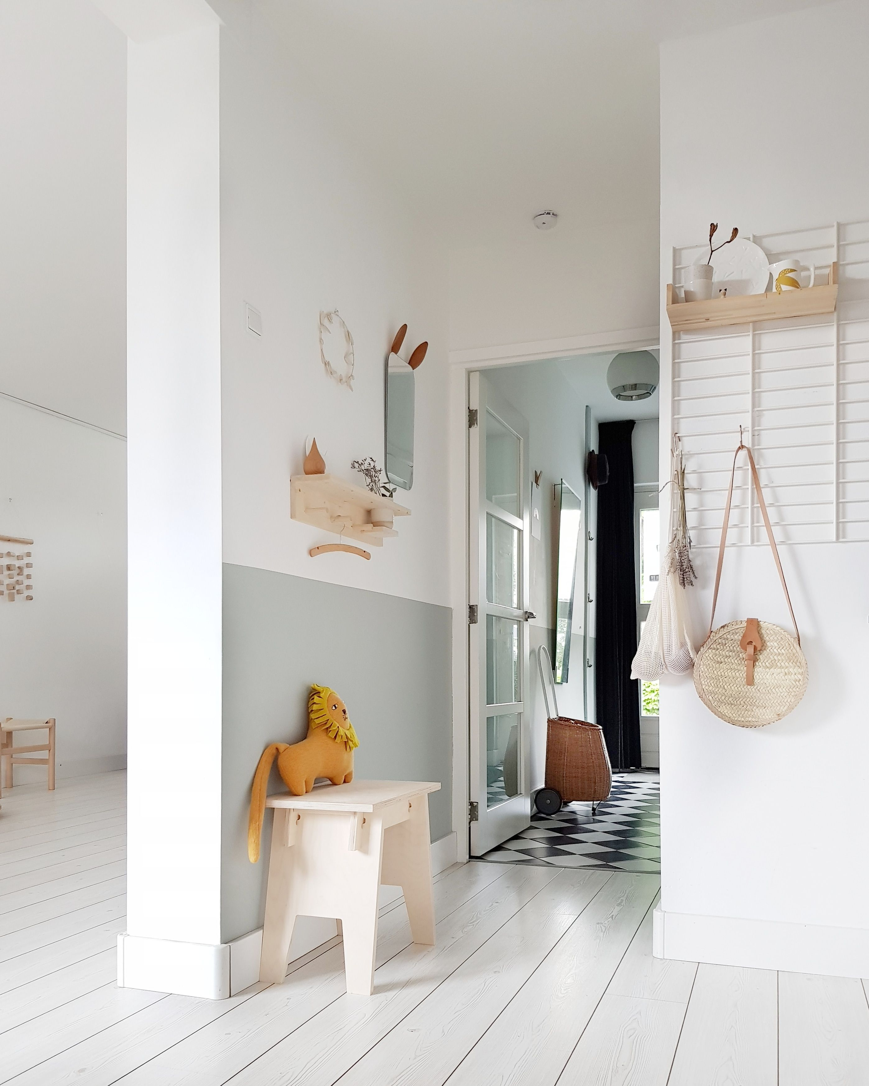 A Simple Home In The Netherlands Is Pastel And Perfect My Scandinavian Home Home Scandinavian Home