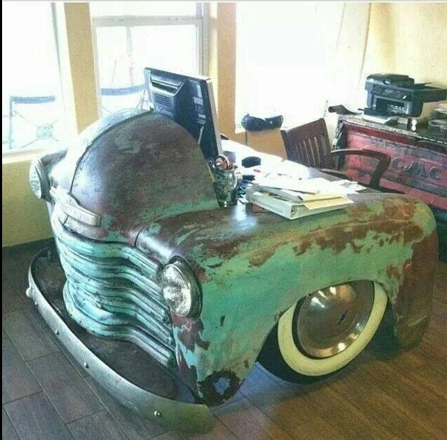 antique car front end recycled into a desk @candacelhart