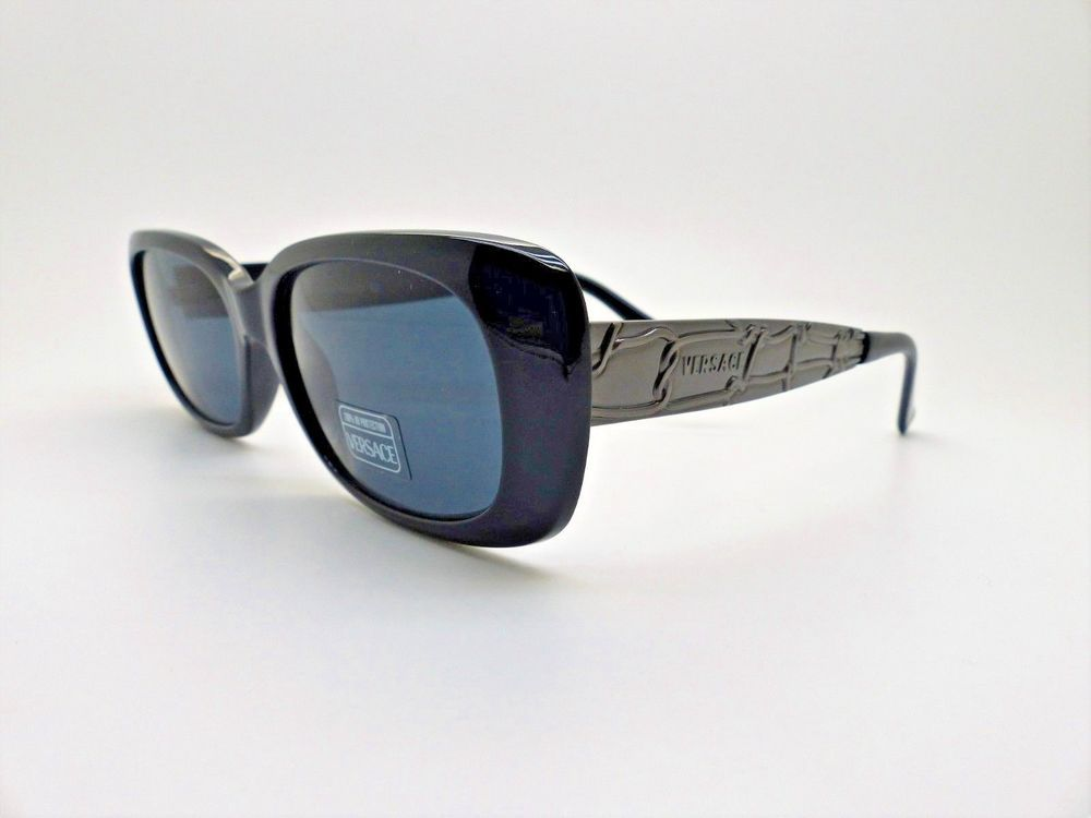 7a9a4a6380641 Versace Gianni Sunglasses Mod. 471 M Col. 852 Genuine Rare Vintage New Old  Stock  fashion  clothing  shoes  accessories  womensaccessories ...