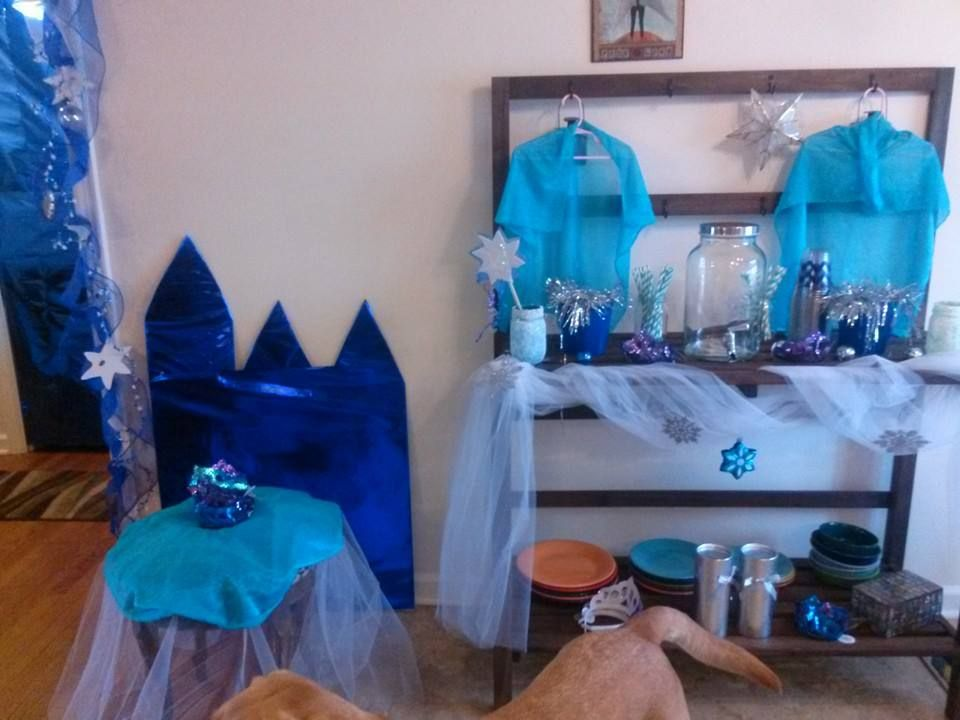 Frozen theme for a 5yearold birthday party Frozen
