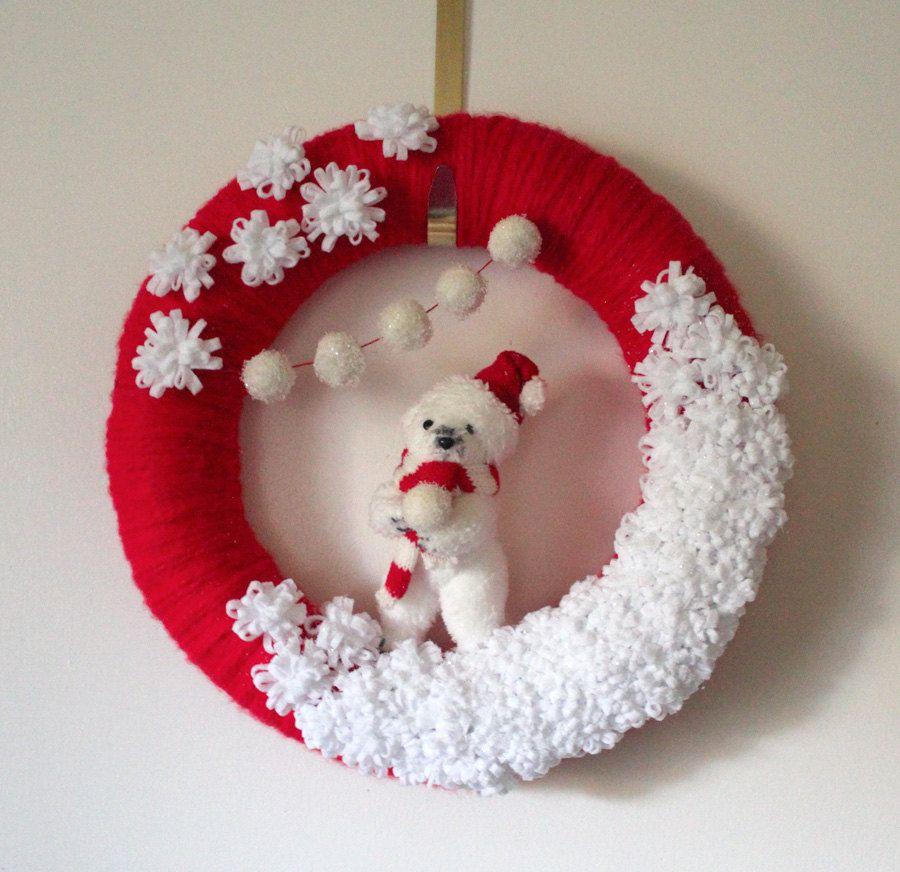 Polar Bear Wreath Winter Holiday Red And White Yarn Felt 14 Inch Size 51 00 Via Etsy