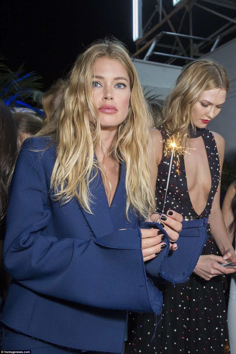 Doutzen Kroes licks a cake at L'Oreal Blue Obsession Party in Cannes – boss