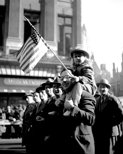 Parade, 1946