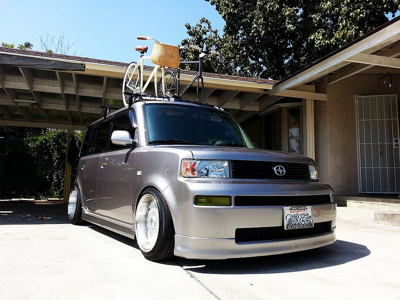 roof rack with bikes (With images) Scion xb, Roof rack