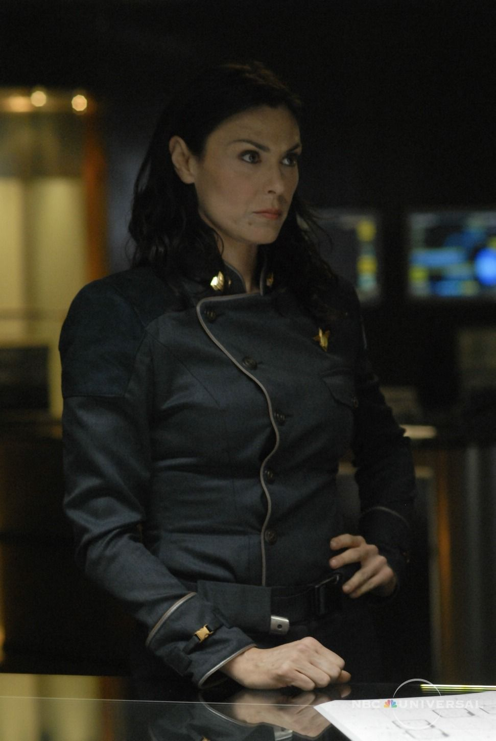 Helena Cain (Michelle Forbes) - Humaine - Amirale ... Michelle Forbes Battlestar Galactica