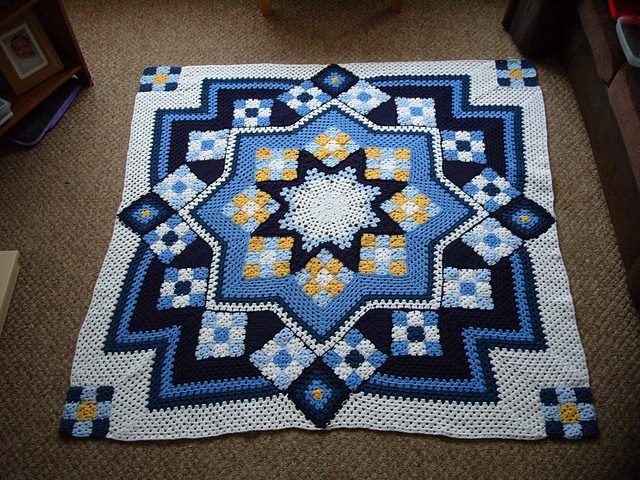 FREE PATTERN] Patchwork Crochet Blanket | Crochet/Knitting/PomPom ...