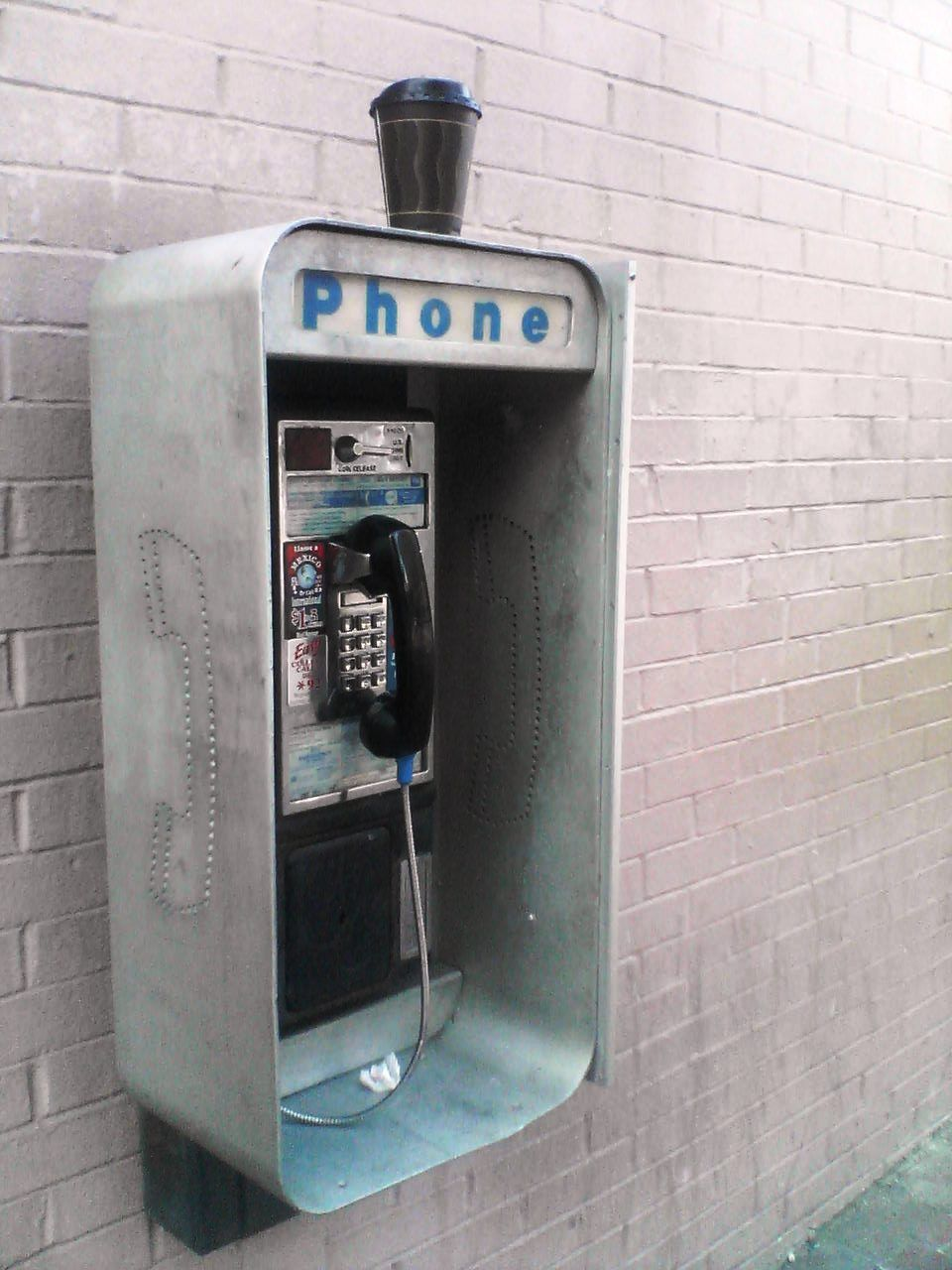 how to find a pay phone 21 questions this or that questions phone card - Payphone Calling Cards