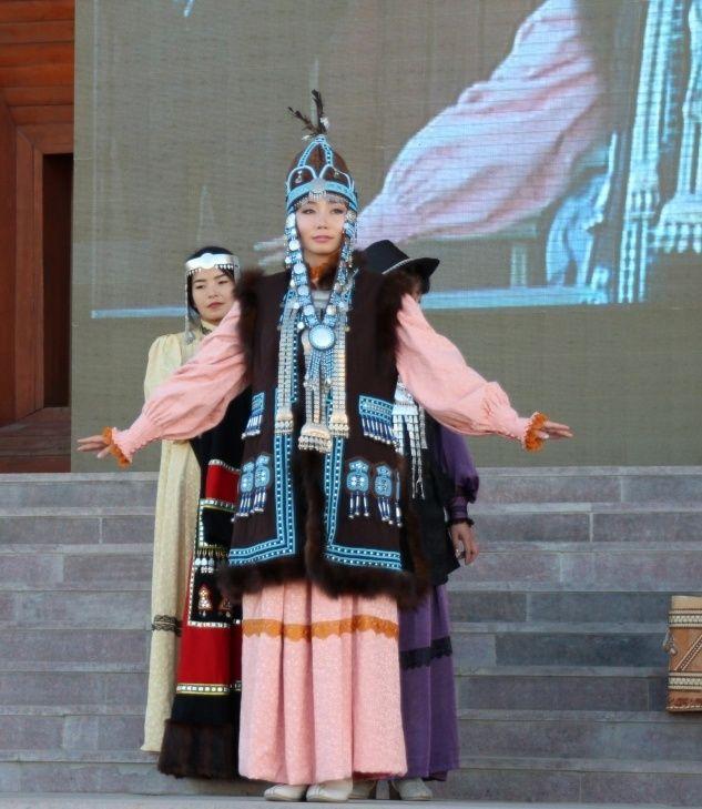 Якутский национальный костюм (44 фото): для девочки ...