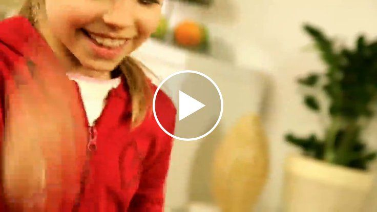 WATCH NOW: Bugs in the Kitchen - Children's Board Game Demo http://amzn.to/2eEhcIg
