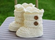 Crochet Baby Snow Boots Pattern Ideas #crochetbabyboots