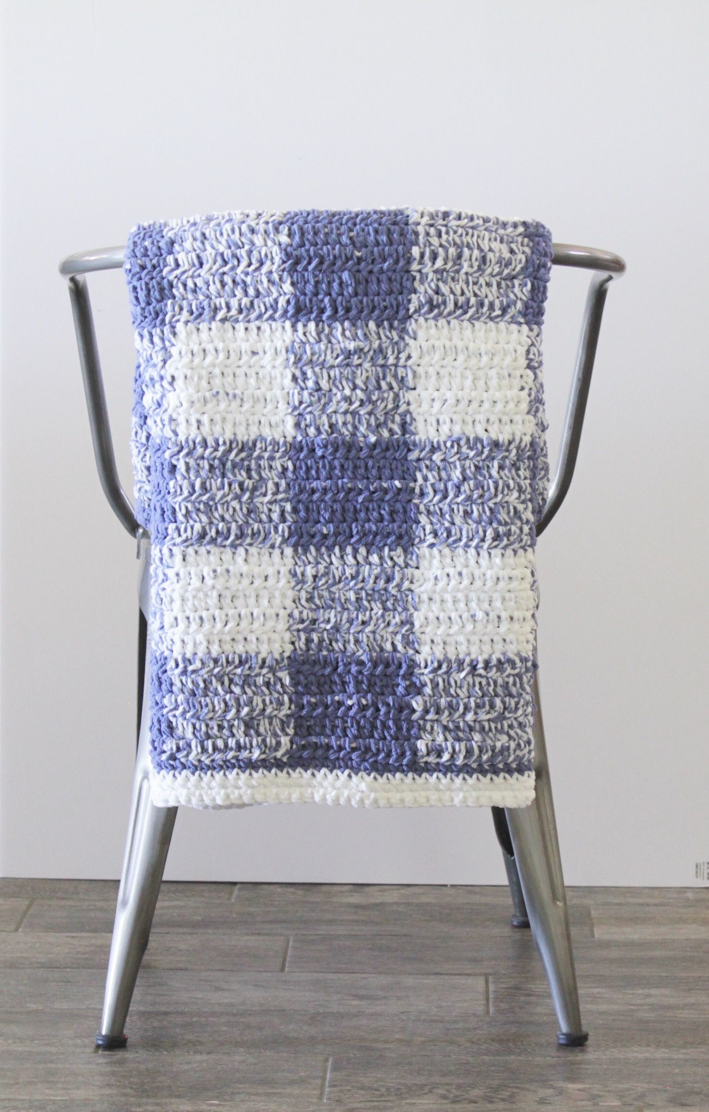 Blue Gingham Crochet Blanket - Free Pattern from Daisy Farm Crafts ...