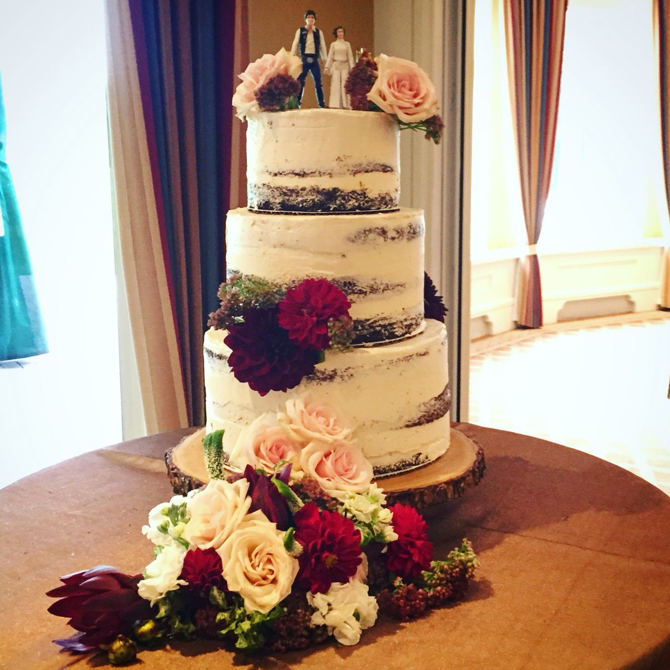 Nearly Naked Chocolate Fudge Wedding Cake With Real Floral Details - Fudge Wedding Cake