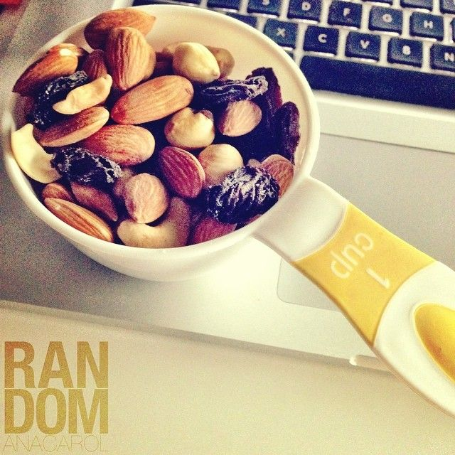 Healthy Mixed nuts #LateSnack #craiving #addiction #mixednuts #nuts #healthysnack