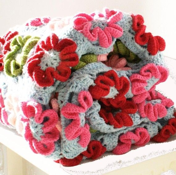 Pretty Crochet Flower Blanket Please Someone Teach Me How Diy