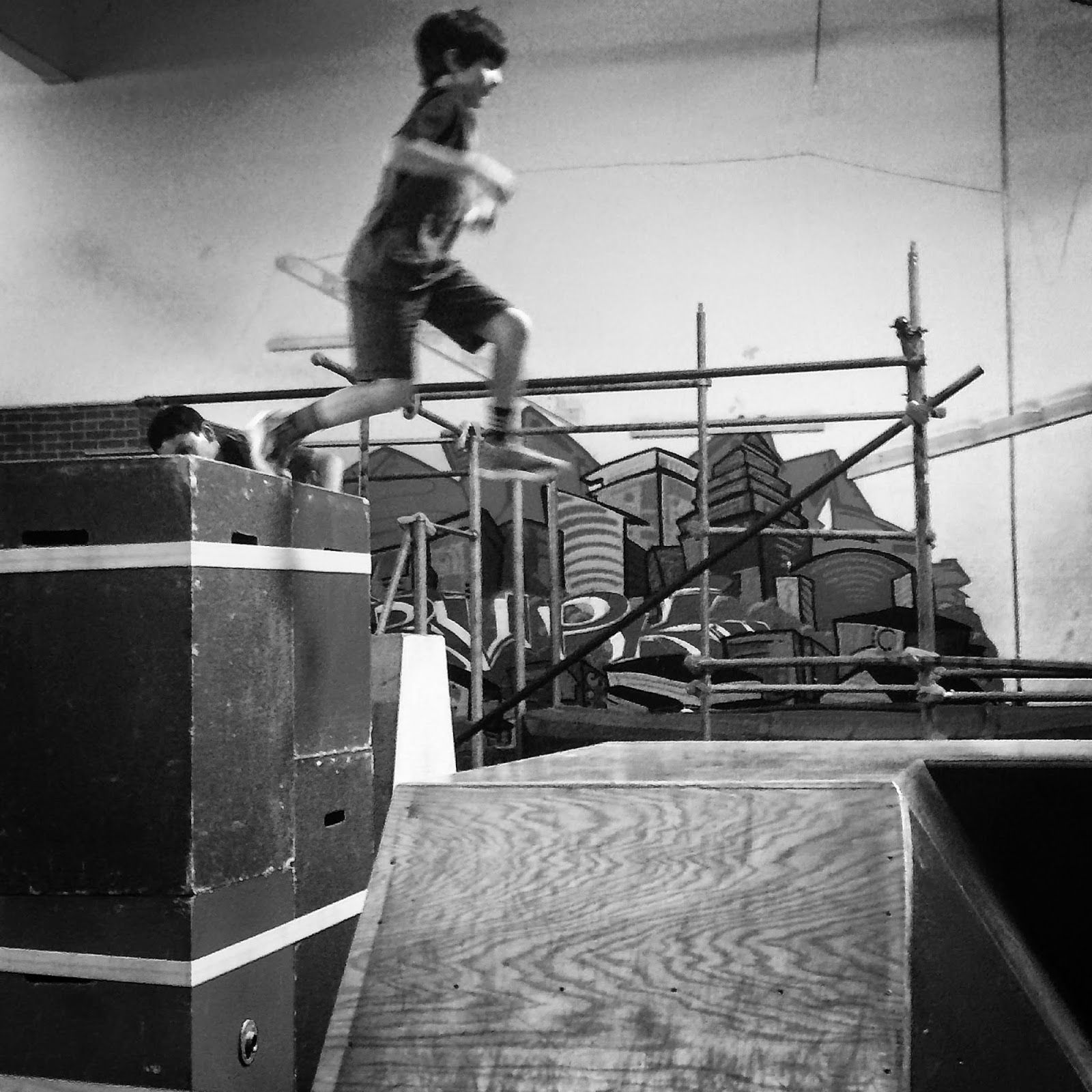 Portdaddia: Nine-year-old Giving Parkour A Try