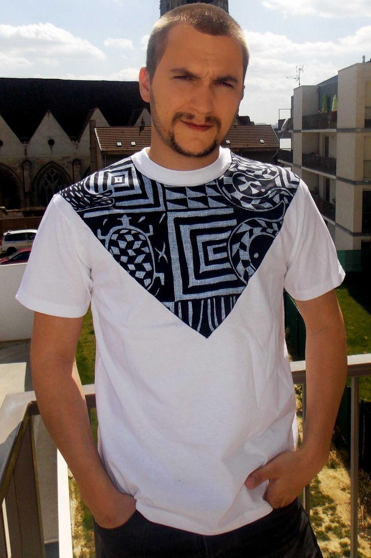 t-shirt customisé au tissu imprimé africain