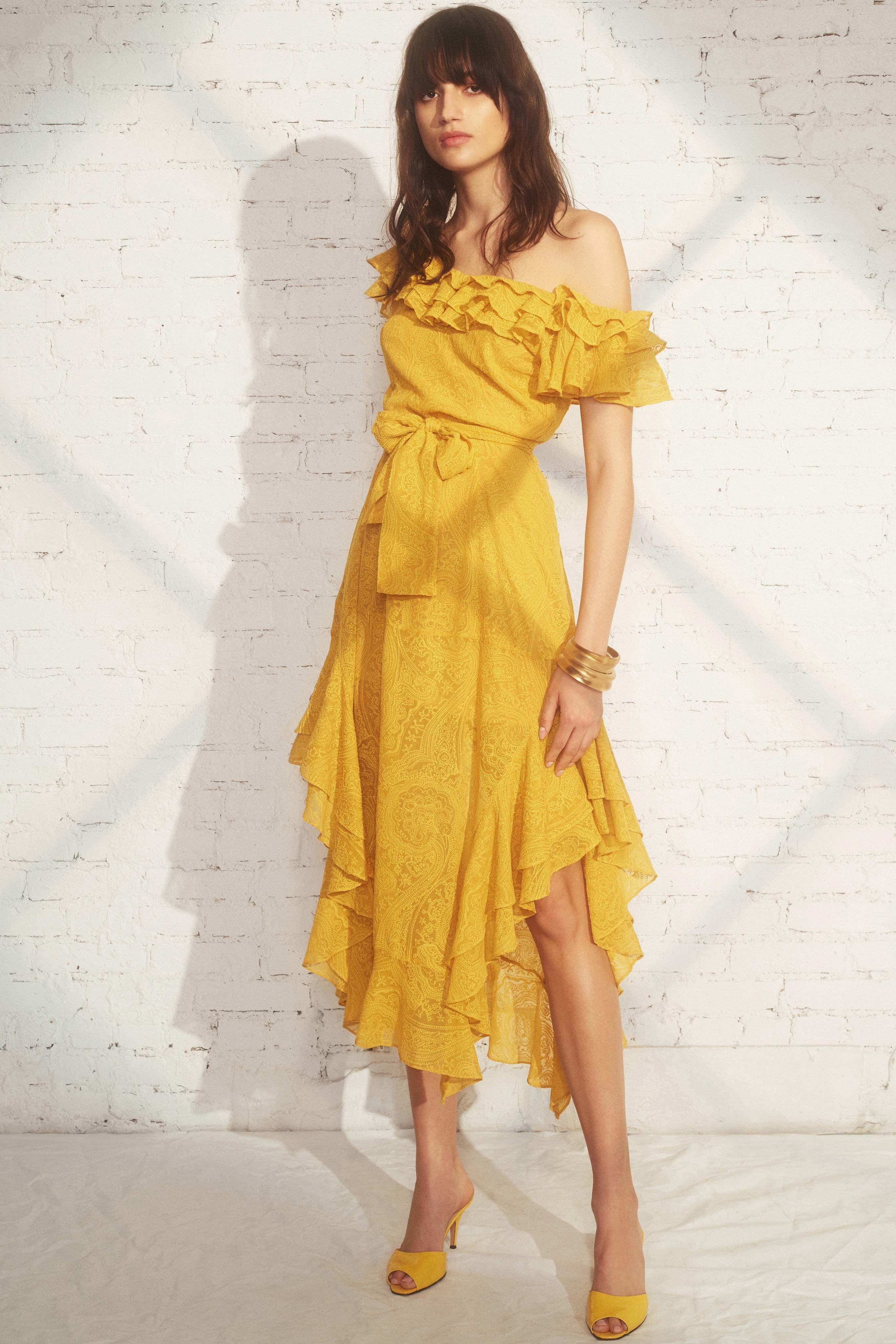 893b5e032f81f7 Marissa Webb Resort 2019 Collection - Vogue purveyoroffinefabrics   rexfabrics  passionforfabrics