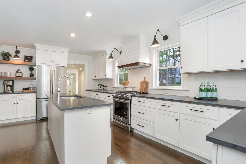 1090 Stillson Rd Fairfield Ct Large 010 17 Img 8501 1500x1000 72dpi Jpg Modern Farmhouse Kitchens Kitchen Remodel Home