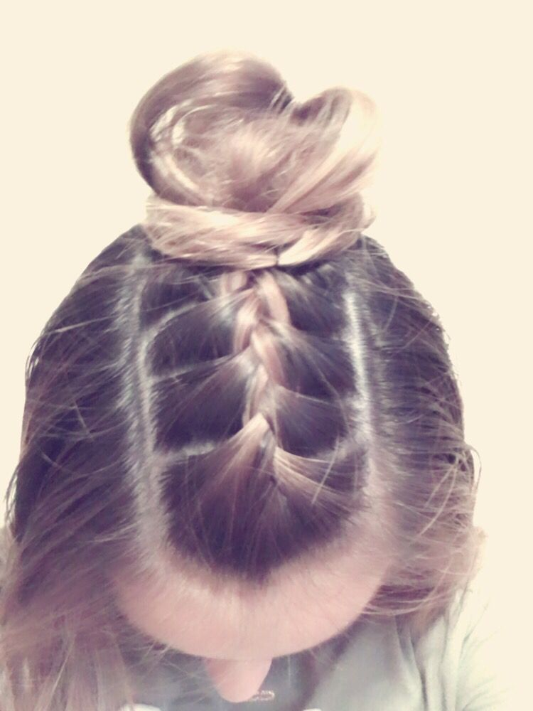 So Cute And Easy This Is A Good Hairstyle For Selfies Hair