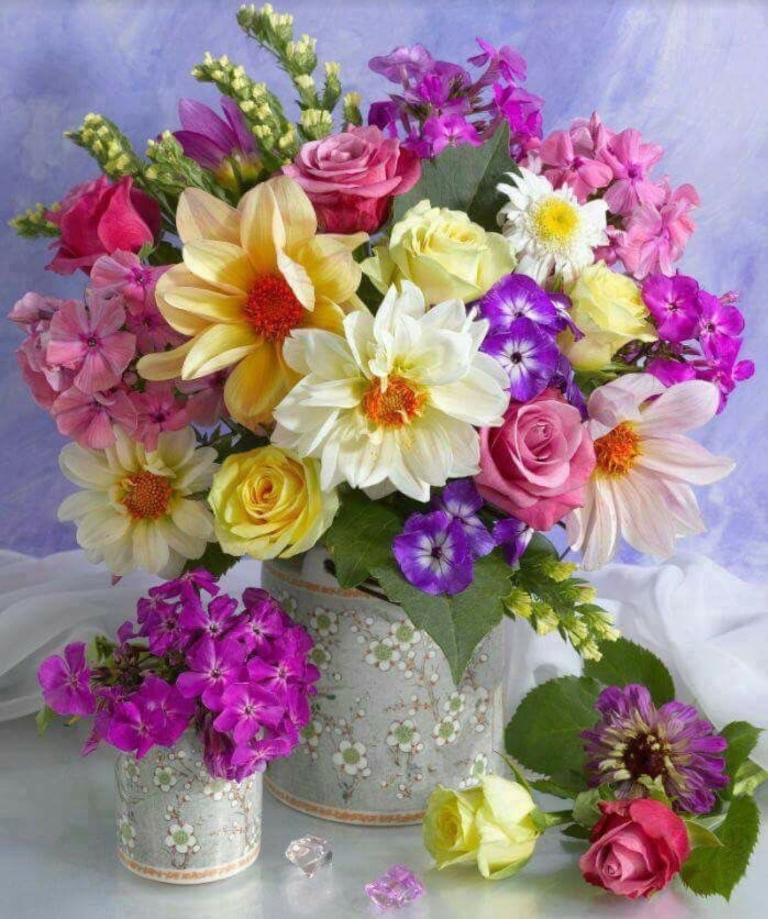 Pin by elvia sanchez on beautiful flowers for you pinterest how to arrange flowers beautifully best options for floral arrangement its easier than most people think to make a beautiful flower arrangement izmirmasajfo Images