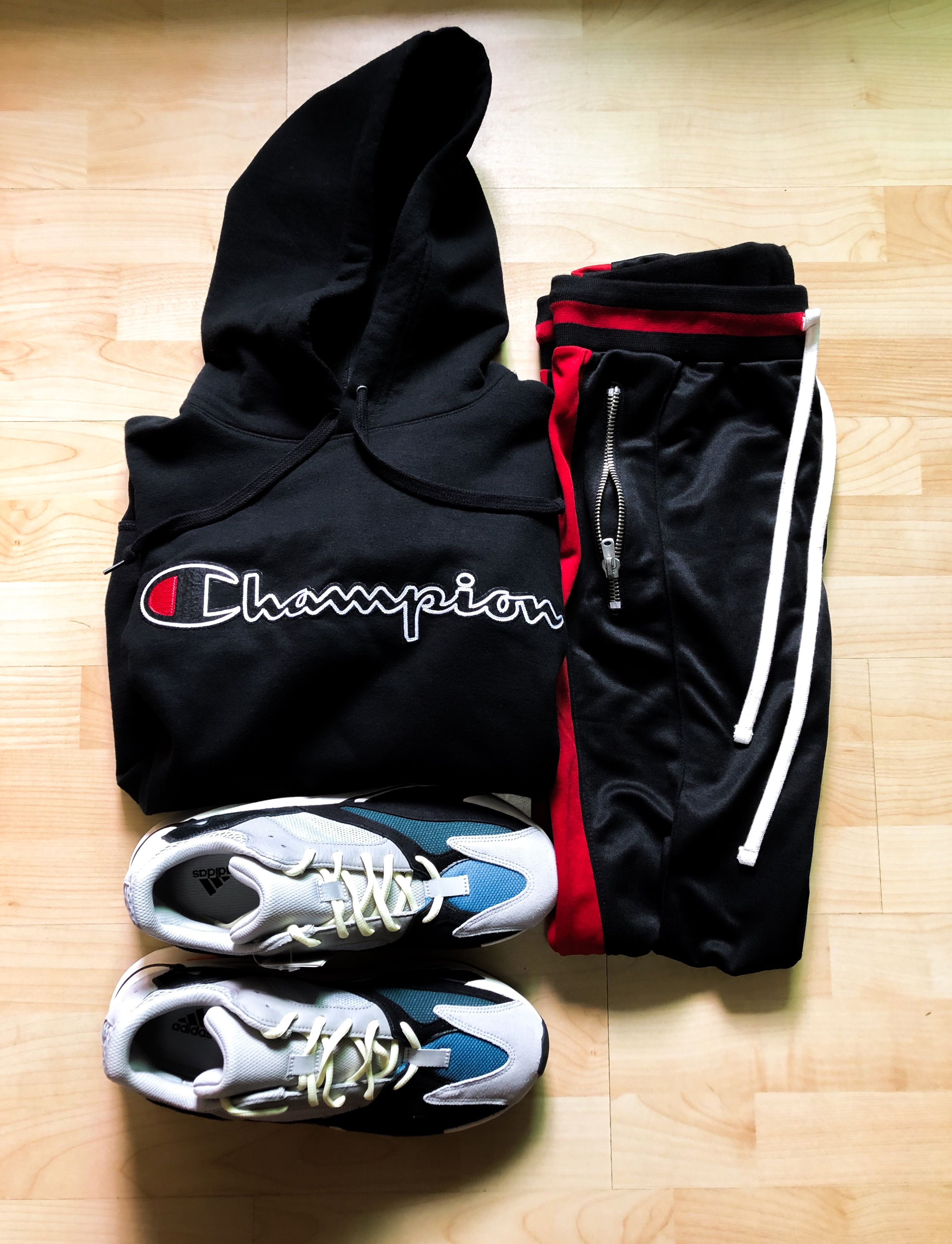 new styles 6be07 a8489 Champion hoodie Mnml track pants Yeezy 700 | Fashion Ideas ...