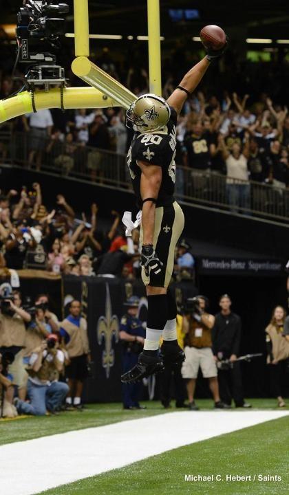 Jimmy Graham S Dunks New Orleans Saints Saints Vs New Orleans Saints Football