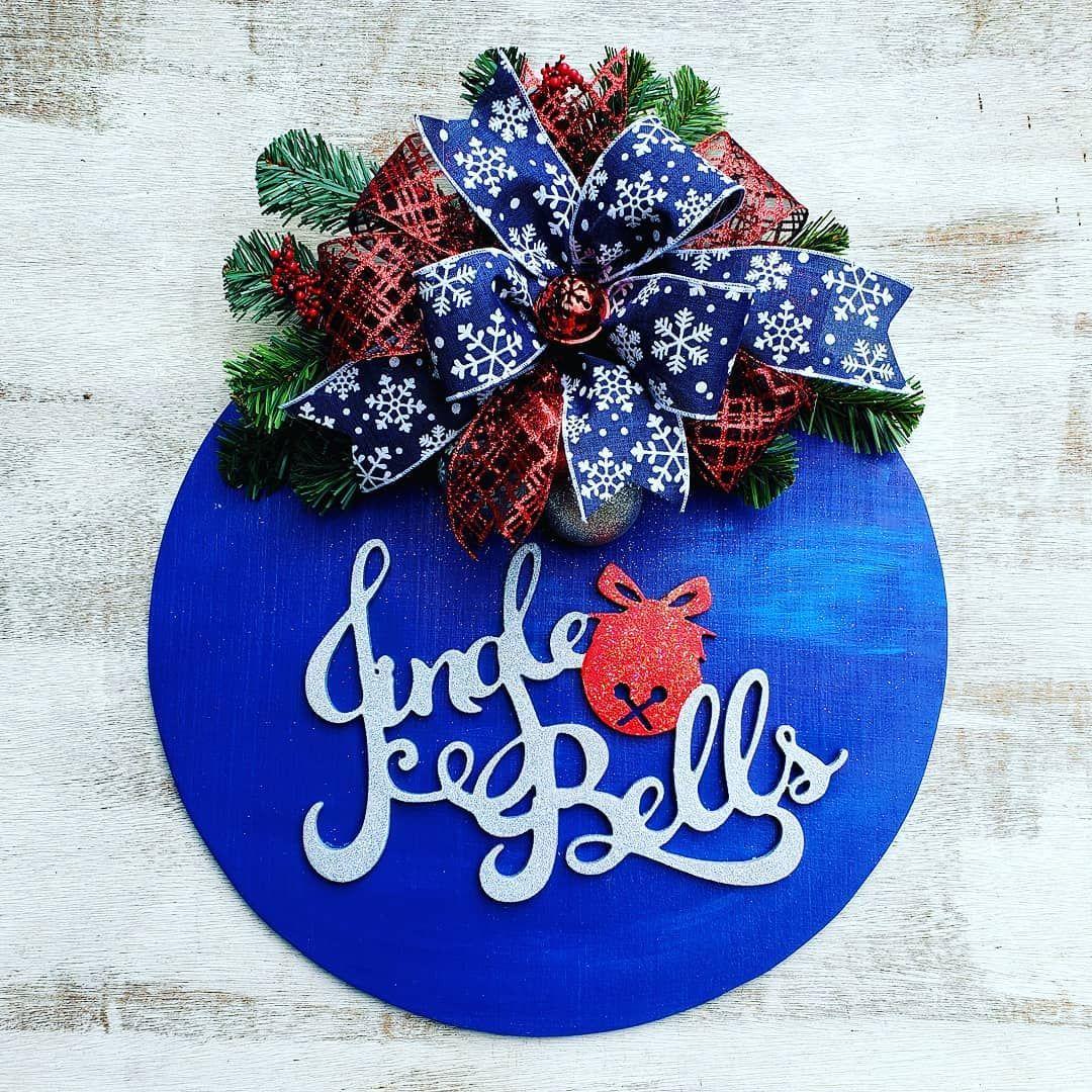 Jingle bells 18 door hanger  #bluechristmas #etsy #etsywreaths #wreathfordoor #wreathsbyfaith #diyhomedecor #diy #etsywreaths #bluewreath #bluechristmasdecor #winterdecoration #farmhousedecor #cottagestyle #welcomedecor  www.etsy.com/shop/Wreathsbyfaith