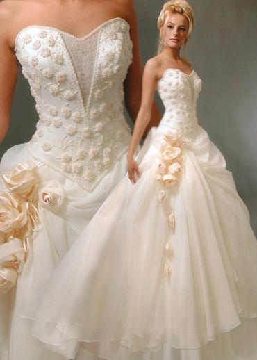 white corset pretty wedding dresses   Design   Pinterest   Corsets ...