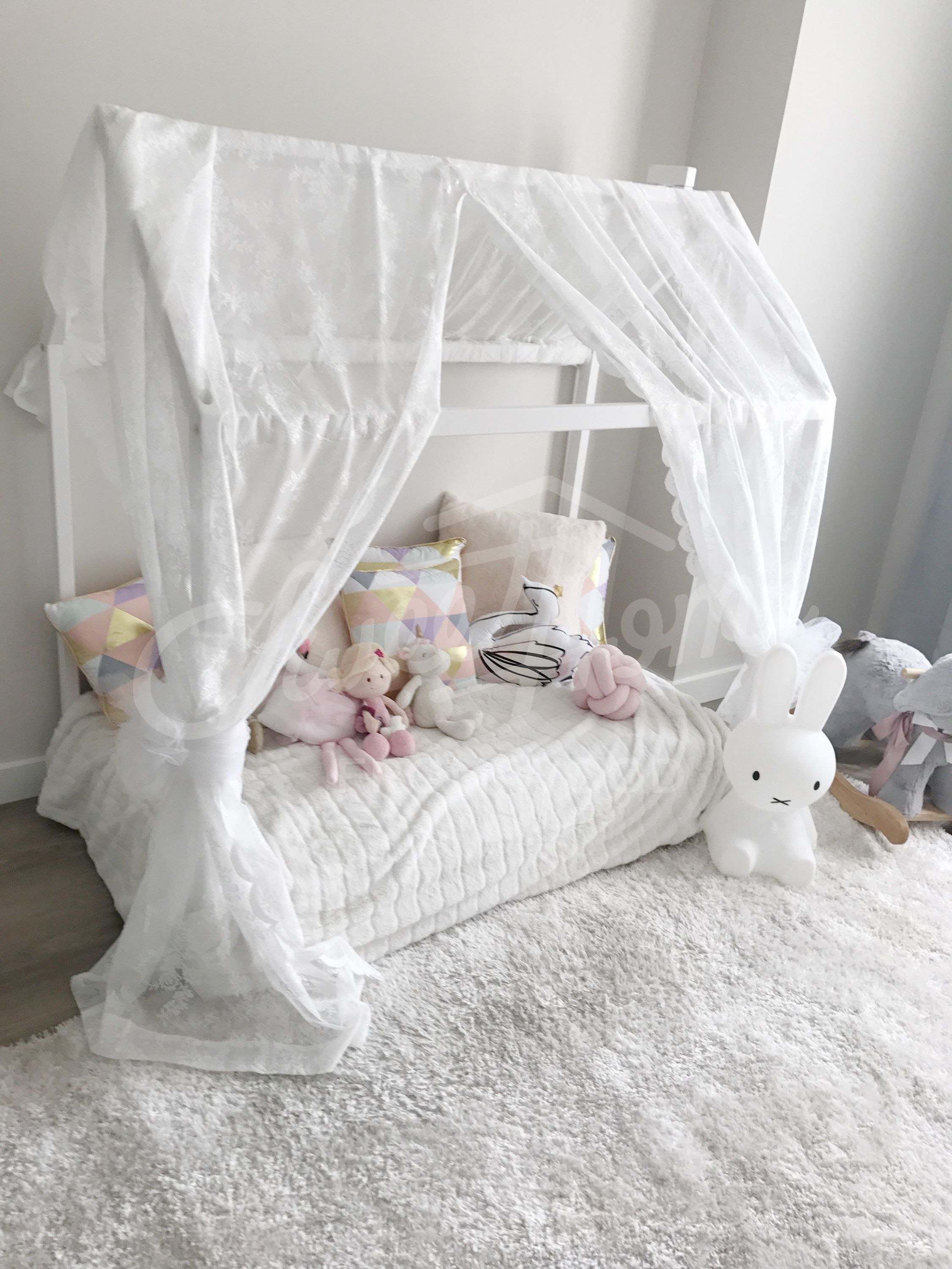 Toddler bed, House shaped bed, loft bed Nursery wood house
