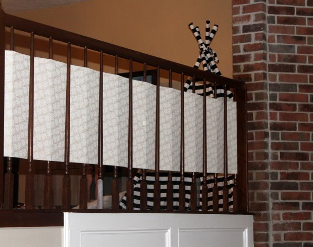 DIY Banister Guard, DIY Staircase Guard, DIY Baby Proofing Stairs,Baby Proof  Your