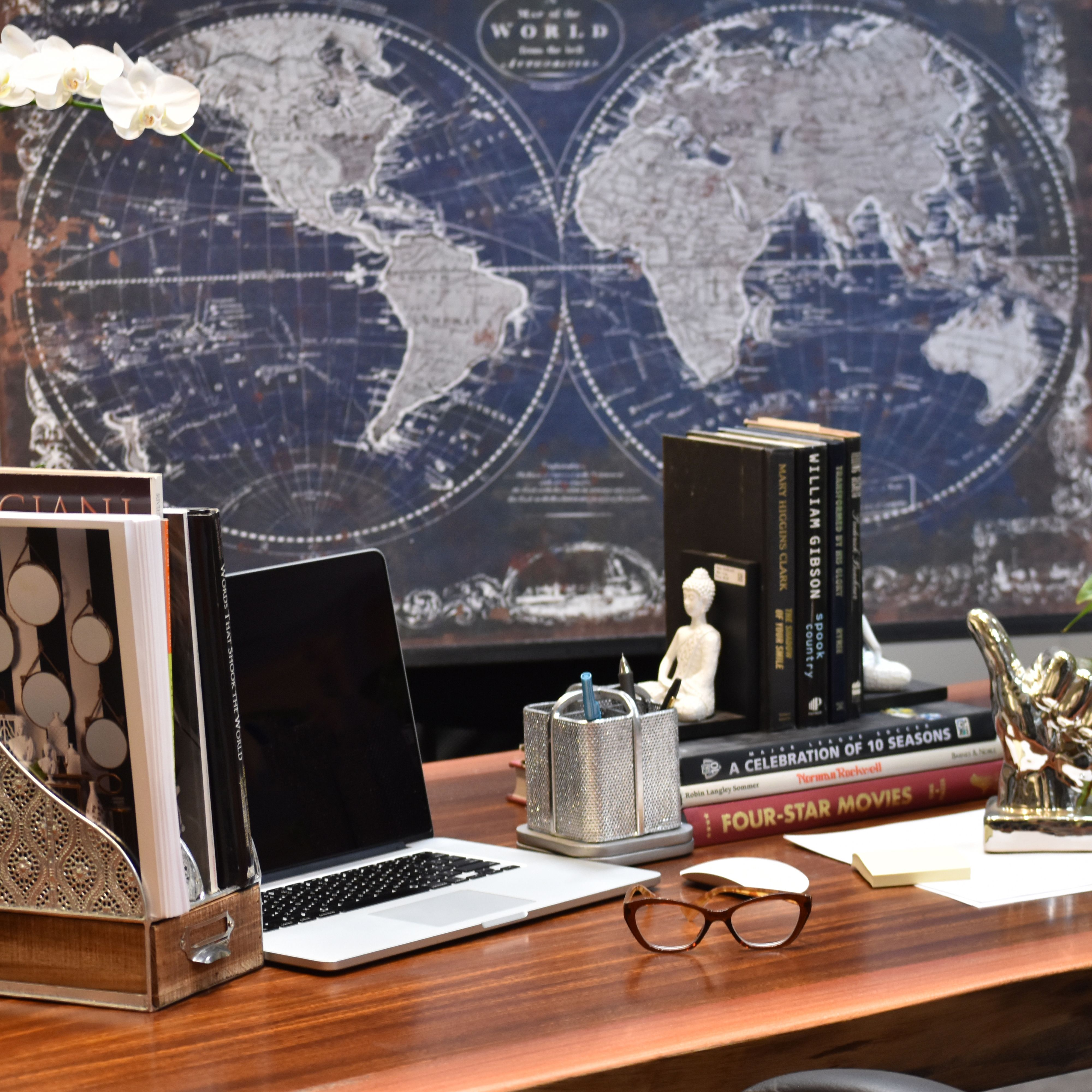 Organize And Beautify Your Work Space With Stylish