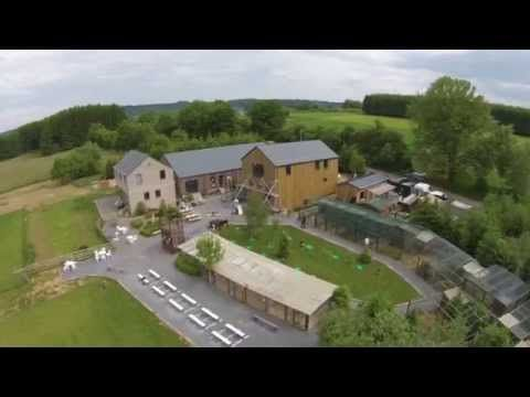 Attraction le jardin des hiboux beekeeping in graide for Architecte de jardin namur