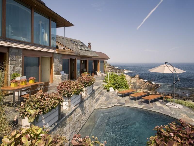 Elegant Oceanfront Property With Zen Like Interiors Ocean Front Property Waterfront Homes Countryside House