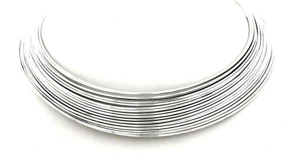 Collar hilos plateados www.cobaltoaccesorios.com  #moda #cobaltoaccesorios  #complementos #tendencias  #gargantilla