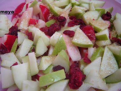 סלט צנוניות, תפוחים,וחמוציות