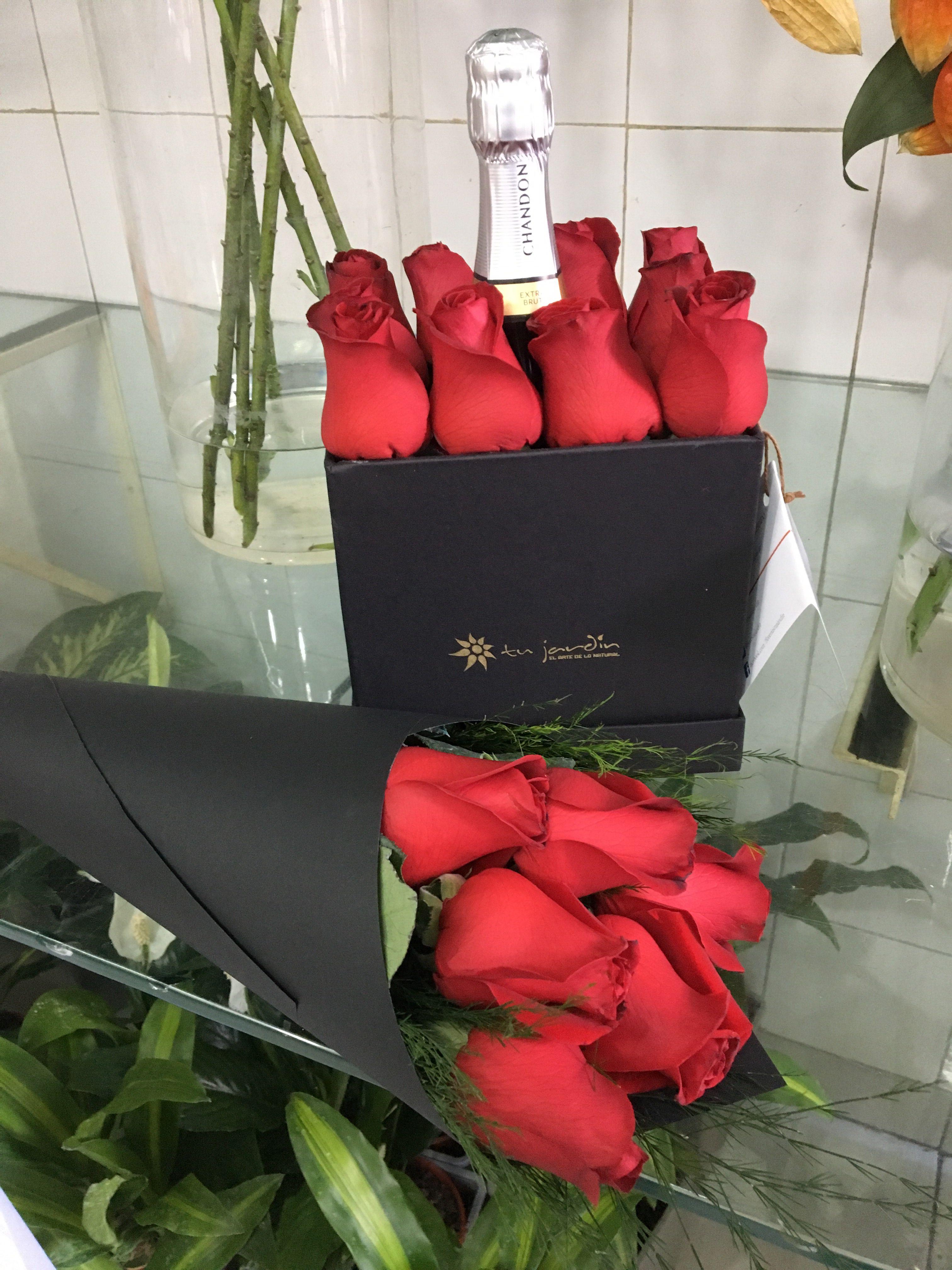 10 Rosas en Box Tu Jardín más Champagne luxury rosas