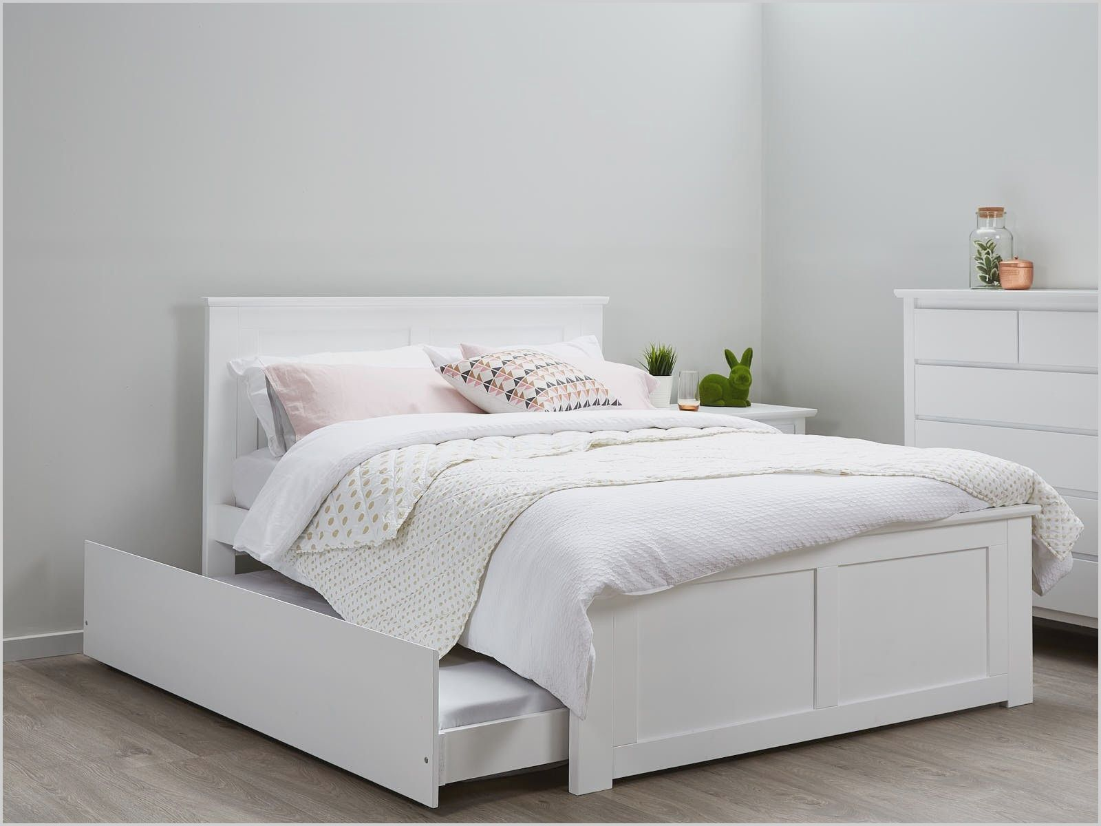 Youth White Bedroom Furniture In 2020 White Bed Frame Bedroom Furniture Uk Twin Bedroom Furniture Sets