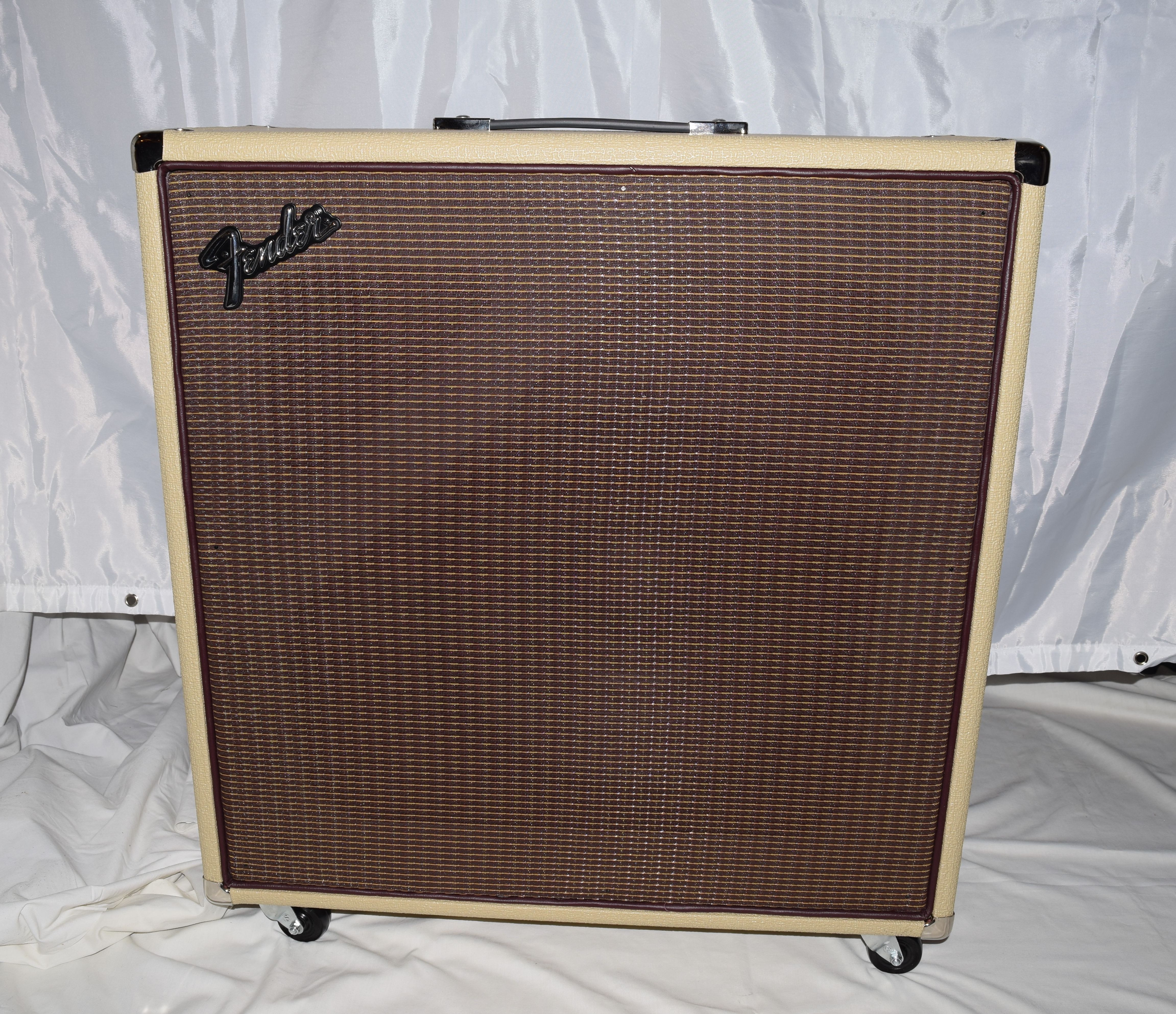 Fender Rumble 350 Custom Combo