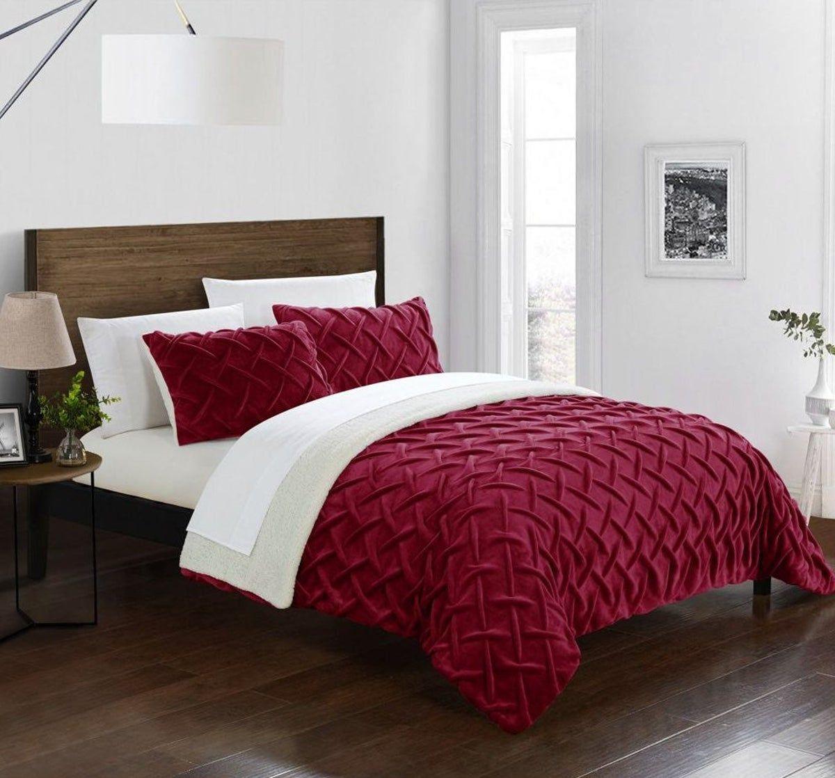 Soft Plush Patterned Comfy Comforter Set