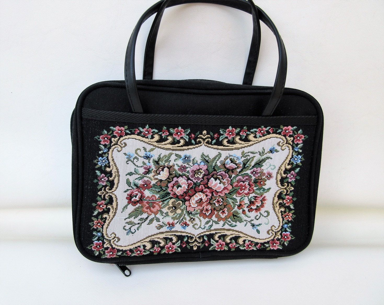 Your Place To Buy And Sell All Things Handmade Purses And Bags Bags Fabric Book Covers