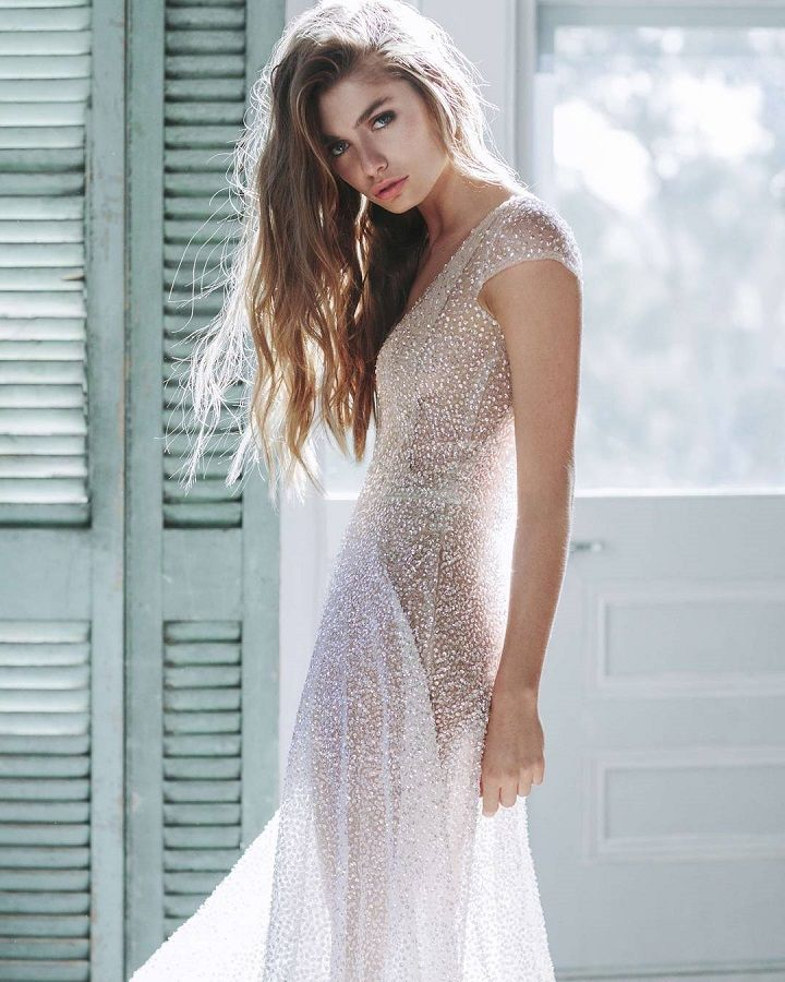 Beaded sequin wedding dress with short sleeve #weddingdress #weddinggown #weddingdresses #sequinweddingdress