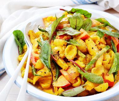 Recept: Krämig pasta med kyckling och saffran