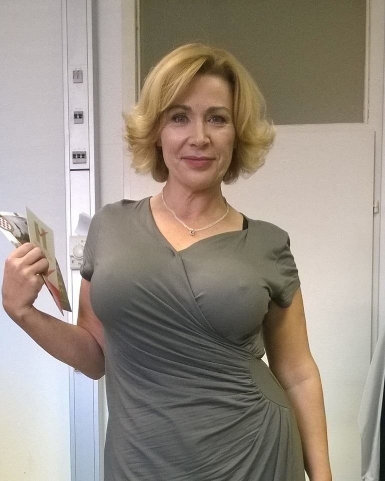 Russian milf with vacuum
