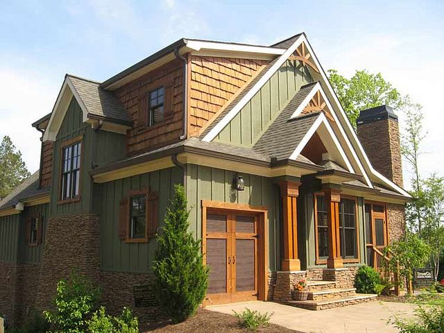 Best 25 rustic home exteriors ideas on pinterest build dream home lake house rentals and - Red exterior wood paint plan ...