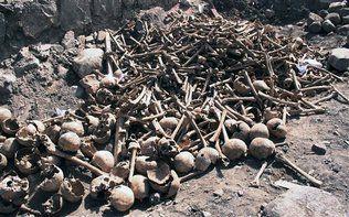 Fosa Con Cientos De Cráneos Intriga En Bolivia