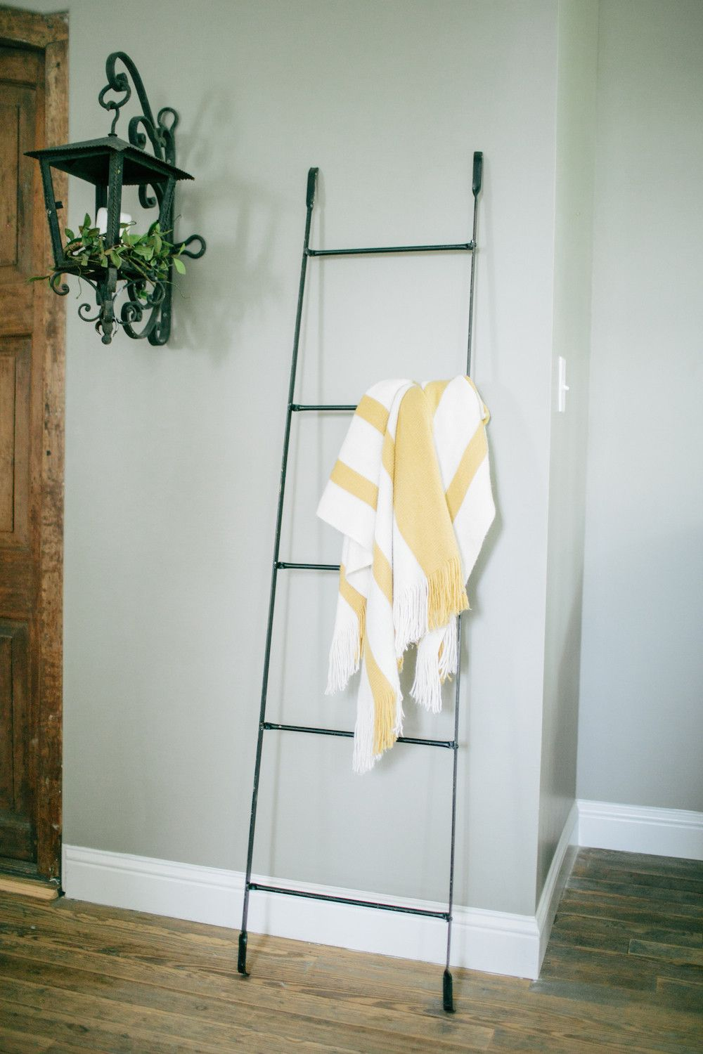 Metal Display Ladder Blanket Ladder Towels And Metals