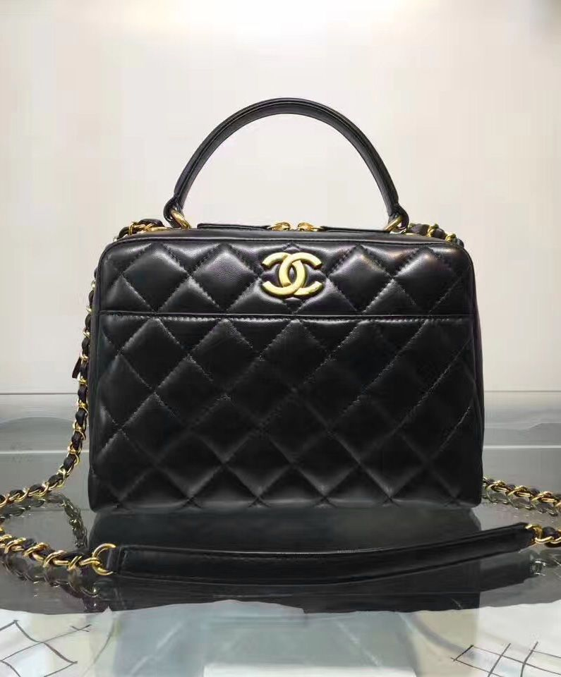 1599966e176 2017 New Chanel Collection. Chanel Bowling Bag A69924.   Shoulder ...